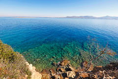 Playa de Skliri en Agistri, Grecia Imagenes de archivo