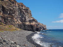 Playa de Tasarte perto da estrada GC-200 litoral Imagens de Stock