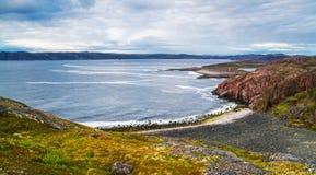 Playa de Teriberka Fotos de archivo libres de regalías