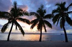 Playa de Titikaveka en el cocinero Islands de Rarotonga Imagen de archivo libre de regalías