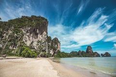 Playa de Tonsai en Tailandia Fotos de archivo