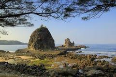 Playa de Watulumbung foto de archivo