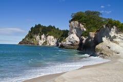 Playa de Whiritoa Imagen de archivo