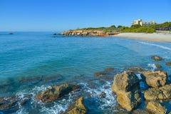 Playa del莫罗海滩在Alcossebre,西班牙 图库摄影