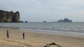 Playa del Ao Nang almacen de metraje de vídeo