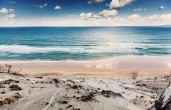 Playa del arco iris imágenes de archivo libres de regalías