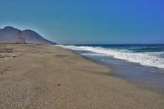 Playa del cabo de Gata Nijar Almeria Andalusia Spain de las salinas de los las de Almadraba de Monteleva o fotografía de archivo