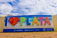 PLAYA DEL CARMEN, ΜΕΞΙΚΟ ΤΗΝ 1Η ΙΑΝΟΥΑΡΊΟΥ 2018: Η υπαίθρια άποψη των τεράστιων λέξεων του playa αγάπης Ι εισάγεται της πόλης σε  Στοκ Φωτογραφίες