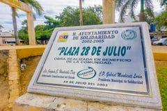 Playa del Carmen, Mexico - Januari 10, 2018: Het informatieve teken van playa 28 DE juliolocated in playa del Carmen De stad Royalty-vrije Stock Foto