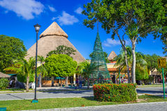 PLAYA DEL CARMEN, MEXICO - JANUARI 2016 Hoofdstraat in Playacar Royalty-vrije Stock Afbeeldingen