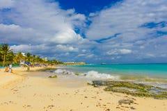 Playa del Carmen, Mexique - 10 janvier 2018 : Une station de vacances des Caraïbes typique chez Playa Del Carmen au Mexique Photo libre de droits