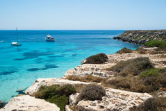 Playa del favignana. isla aegadian Fotografía de archivo libre de regalías