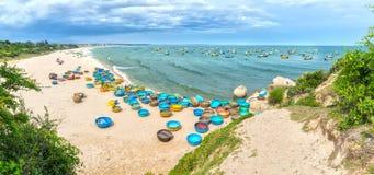 Playa del hijo de Ganh en tarde soleada Foto de archivo libre de regalías