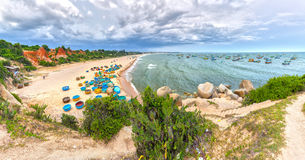 Playa del hijo de Ganh en tarde soleada Imagen de archivo libre de regalías
