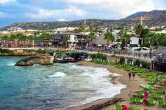 Playa del hotel en Hersonissos, Creta Fotografía de archivo