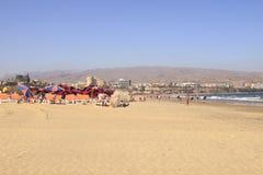 Playa del Ingles en Gran Canaria con los hoteles Foto de archivo