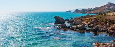 Playa del mar cerca de Rocca di San Nicola, Agrigento, Sicilia, Italia foto de archivo libre de regalías