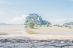 Playa del mar en Trang en Tailandia Fotos de archivo
