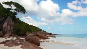 Playa del mar, Seychelles almacen de video