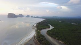 Playa del meng de Pak en la provincia de Trang del distrito de Sikao, Tailandia imagen de archivo libre de regalías