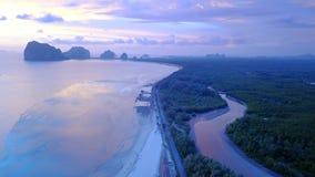 Playa del meng de Pak en la provincia de Trang del distrito de Sikao, Tailandia imagenes de archivo