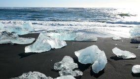 Playa del negro del glaciar del hielo metrajes