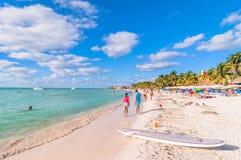 Playa del Norte strand i Isla Mujeres, Mexico Arkivfoto
