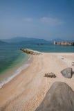 Playa del oro de Lingshui de la isla del límite Fotos de archivo libres de regalías