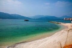 Playa del oro de Lingshui de la isla del límite Foto de archivo