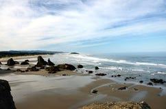 Playa del punto de Coquille, parque de Kronenberg, Bandon, el condado de Coos, Oregon foto de archivo