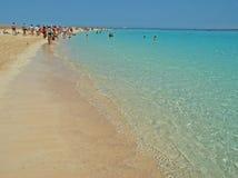 Playa del turqoise del Mar Rojo Fotos de archivo libres de regalías
