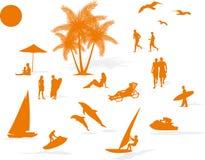 Playa del verano de la silueta Foto de archivo libre de regalías