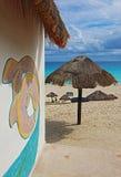 Playa Delfines offentlig strand på Cancun Mexico Royaltyfria Foton