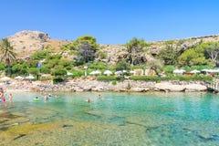 Playa dentro de las primaveras termales Kallithea Isla de Rodas Grecia Imagen de archivo