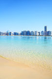 Playa en Abu Dhabi, UAE Foto de archivo