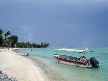 Playa en Bora Bora imagen de archivo