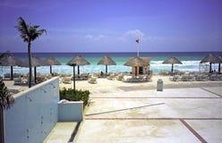 Playa en Cancun Imágenes de archivo libres de regalías