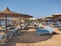 Playa en Egipto Playa del centro turístico Imagen de archivo