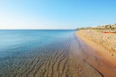 Playa en el hotel de lujo Imágenes de archivo libres de regalías