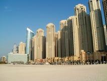 Playa en el puerto deportivo de Dubai Imagen de archivo libre de regalías