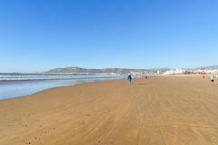 Playa en la ciudad de Agadir, Marruecos Fotografía de archivo libre de regalías