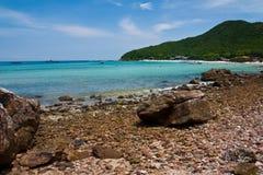 Playa en la isla Fotos de archivo libres de regalías