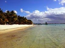 Playa en la isla de Mauricio Imagen de archivo