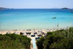 Playa en la isla Grecia de Andros Foto de archivo libre de regalías