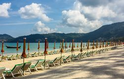 Playa en la playa de Patong Phuket, Tailandia Imagenes de archivo