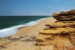 Playa en Nazare, Portugal Fotos de archivo libres de regalías