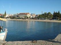 Playa en Nea Kallikratia, Grecia Imagenes de archivo