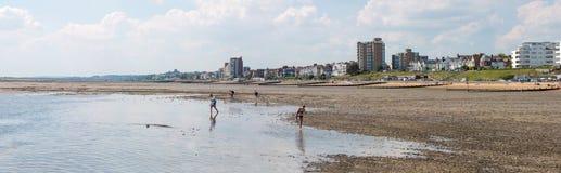 Playa en Southend en el mar Foto de archivo