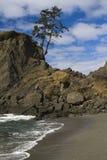 Playa en un día asoleado Fotos de archivo