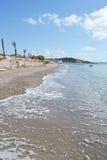 Playa en una isla griega de Kos foto de archivo
